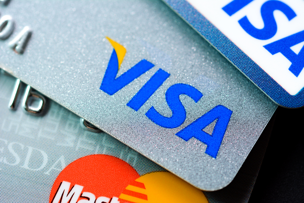 Comparatif des cartes bancaires billet de banque - Plafond carte maestro credit agricole ...
