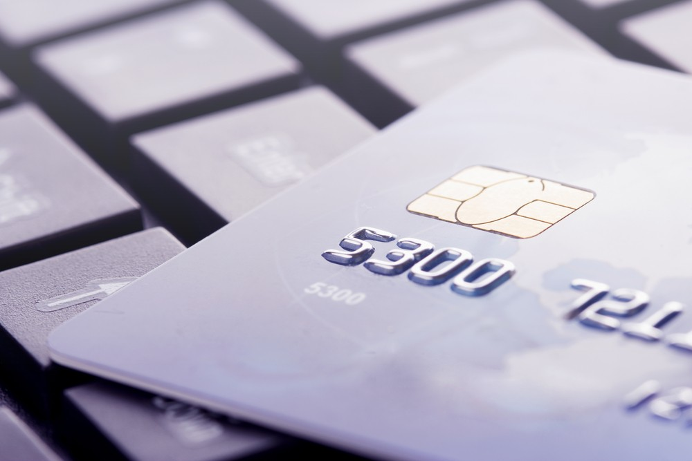 Banques en ligne plus transparentes que banques traditionnelles
