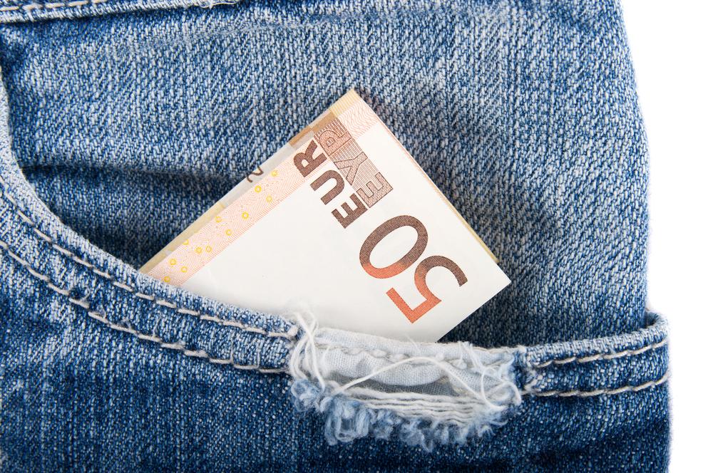 Moins de 50 € épargnés par mois pour 54 % des Français