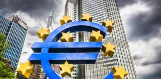 Le marché de l'assurance vie dominé par les banques ?