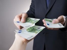 Les français profitent de la faiblesse des taux pour emprunter