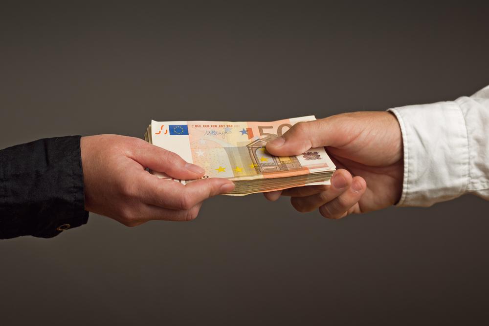 Les pr ts entre particuliers billet de banque - Pret d outils entre particulier ...