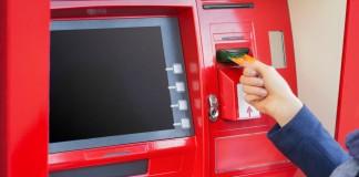 Retrait d'argent au distributeur à l'étranger
