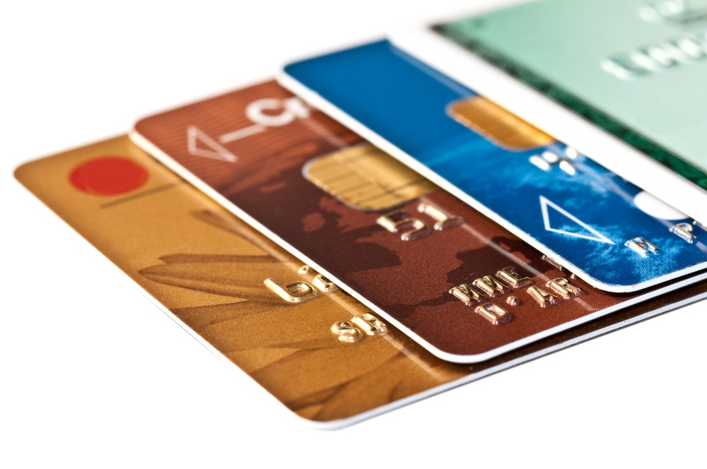 prix des cartes visa classic et mastercard d bit imm diat billet de banque. Black Bedroom Furniture Sets. Home Design Ideas
