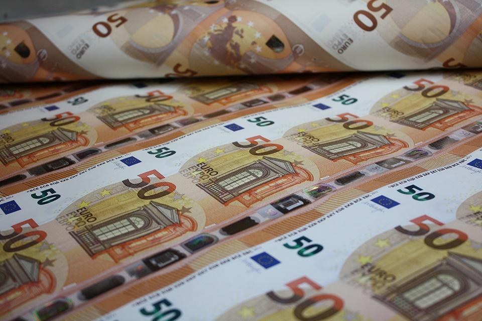 Comment Savoir Si Un Billet Est Faux Billet De Banque