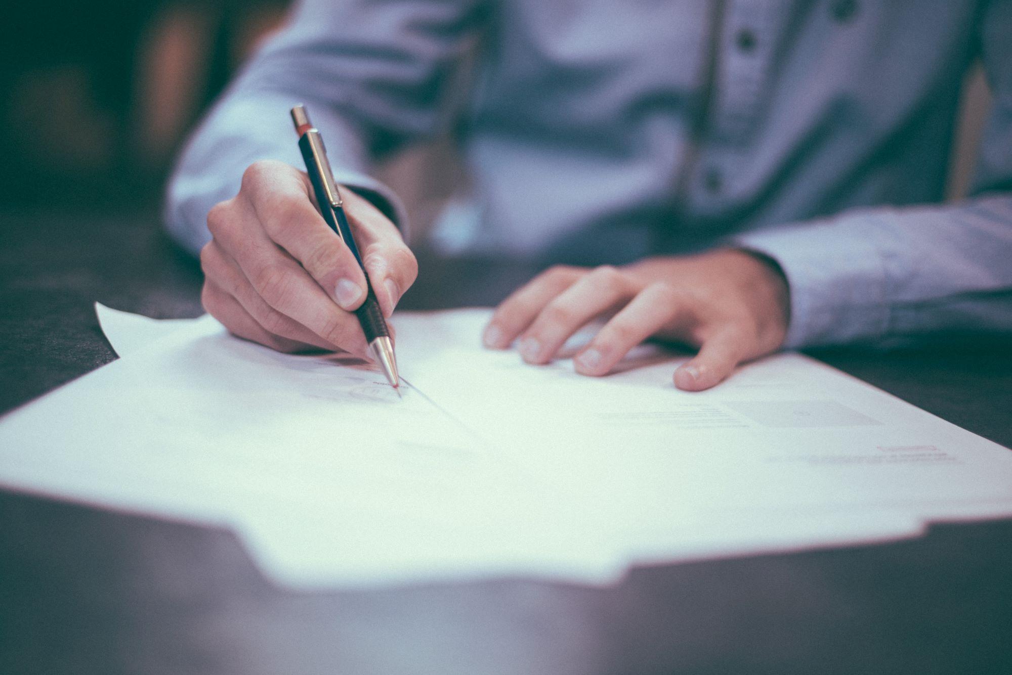 Signature contrat d'assurance